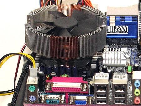 Silently Cooling the Pentium M Desktop Platforms