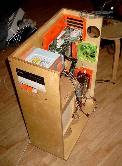 Jani's Big Quiet Wood Case PC